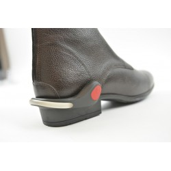 Light reflector for shoe