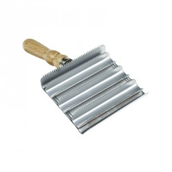 Horze Square Metal Curry Groomer