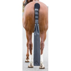 Protège queue doublé avec sac détachable Arma Shires Noir
