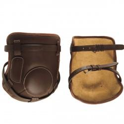 Protège genoux cuir à boucle Chetak
